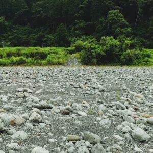 大井川の河原へ行ってみよう!